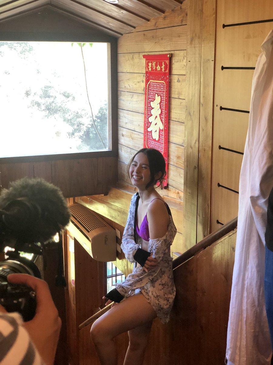 【お知らせ】本日発売の『週刊プレイボーイ』さんにて撮りおろしのグラビアを掲載していただいています🙇♀️✨台湾でロケしてきたものです!!!2年ぶりのグラビア是非ご覧ください❤#週プレ