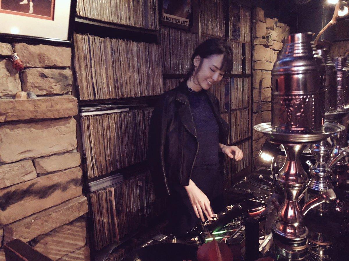 2月16日『奈月セナ DJ & トーク』ありがとうございます!奈月セナさん大人気の為、予約満席になりました。これからはキャンセル待ちと言う事になります。宜しくお願い致します。