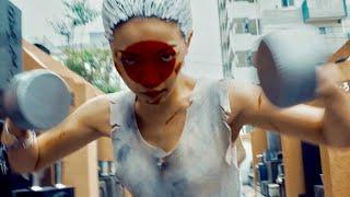 今一番脱げるシンガー藤田恵名が女殺し屋を熱演!映画『WELCOME TO JAPAN 日の丸ランチボックス』予告編