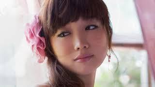 佐藤江梨子 美巨乳とスレンダーな体、美脚が魅力的