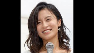 """小島瑠璃子、トウモロコシを扱う""""艶っぽ手つき奮闘""""に男たちから大歓声!"""