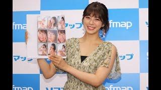 わちみなみが24日、ソフマップAKIBA1号店で開催された『わちみなみ ファースト・トレーディングカード』発売記念イベントに出席。記者による質疑応答に応じた。