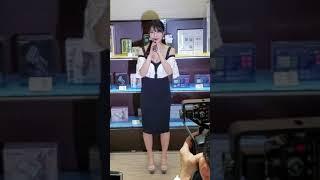 🌴森咲智美ちゃん(グラビアアイドル)のイベントを大阪にあるアミューズ八尾店で見たよん。
