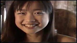 イエローキャブ5人娘 佐藤江梨子(サトエリ)のギターを弾いたり、白い水着の動画